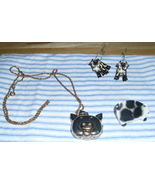 Lovely 3 piece Farm Jewelry Set Cow Jiggly Earrings Pig Locket Necklace & Brooch - $5.00