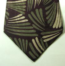 Giorgio Armani Rich Burgundy Creem Shells Geometric Tie Rare  100% Silk - $29.99