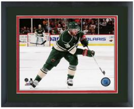 05448641b Thomas Vanek 2014-15 Minnesota Wild - 11 x 14 Matted Framed Photo -
