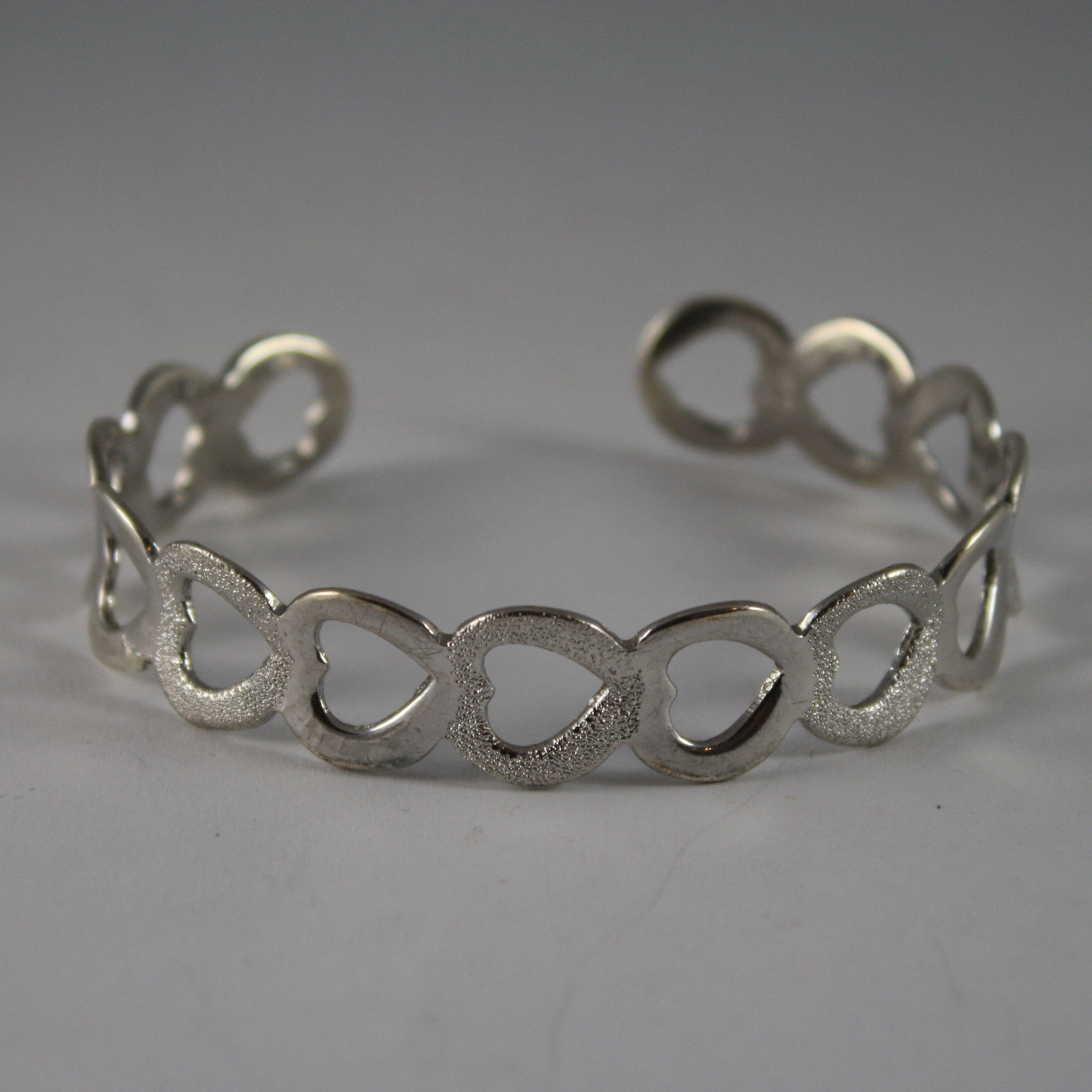 .925 RHODIUM SILVER RIGID BRACELET WITH HEART