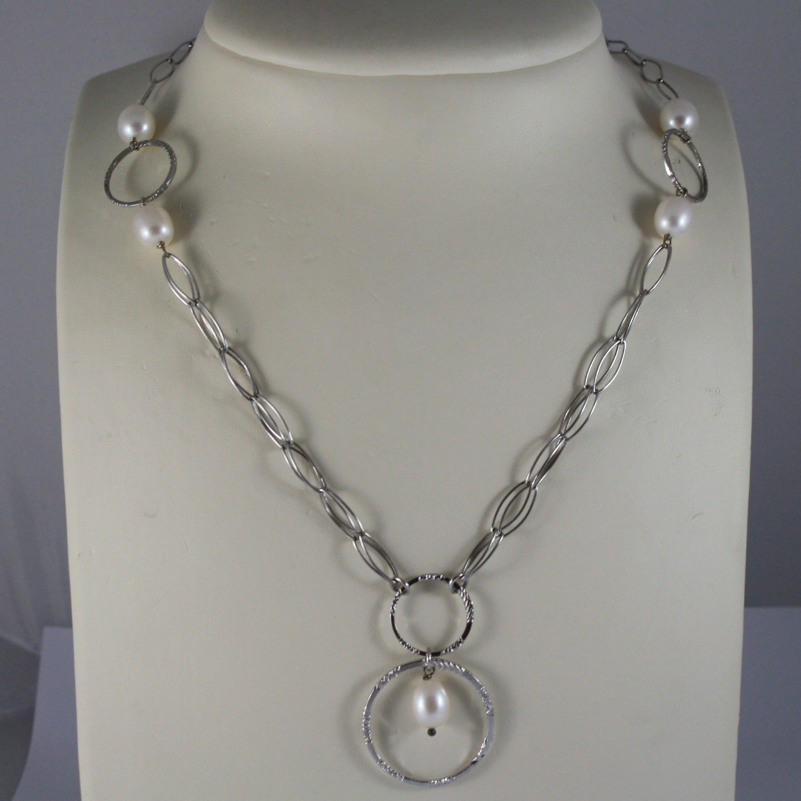 .925 RHODIUM SILVER NECKLACE WITH WHITE PEARLS AND WHEELS