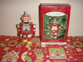 Hallmark 2000 Robot Parade 1st In Series Ornament - $12.49