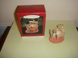Hallmark 1995 Ornament Tender Touches Wish List - $9.49