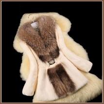 Luxury Dog Racoon Long Hair Fur Collar Mid Length Dyed Rex Rabbit Fur Coat  image 3