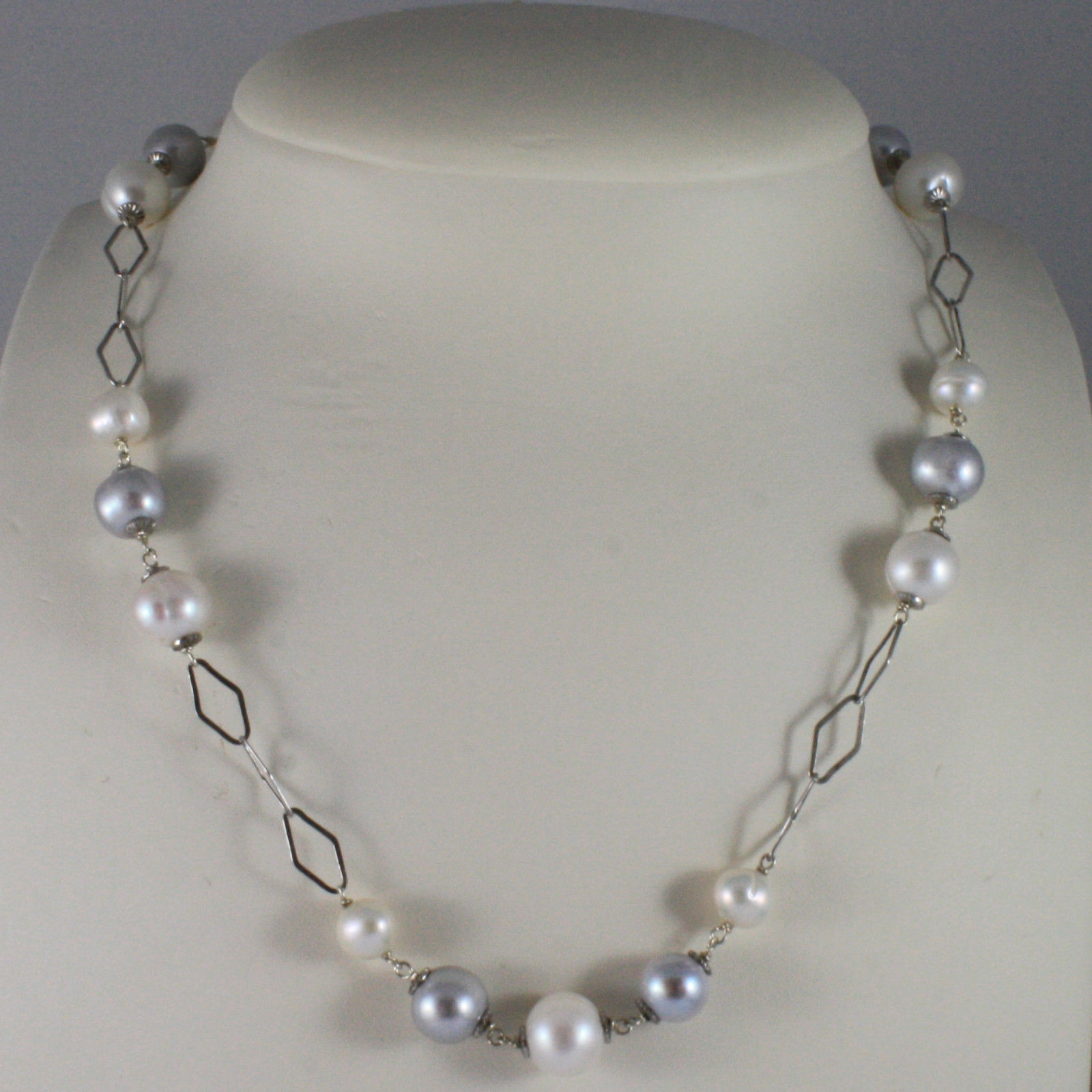 .925 SILVER RHODIUM NECKLACE WITH FRESHWATER WHITE AND GRAY PEARLS