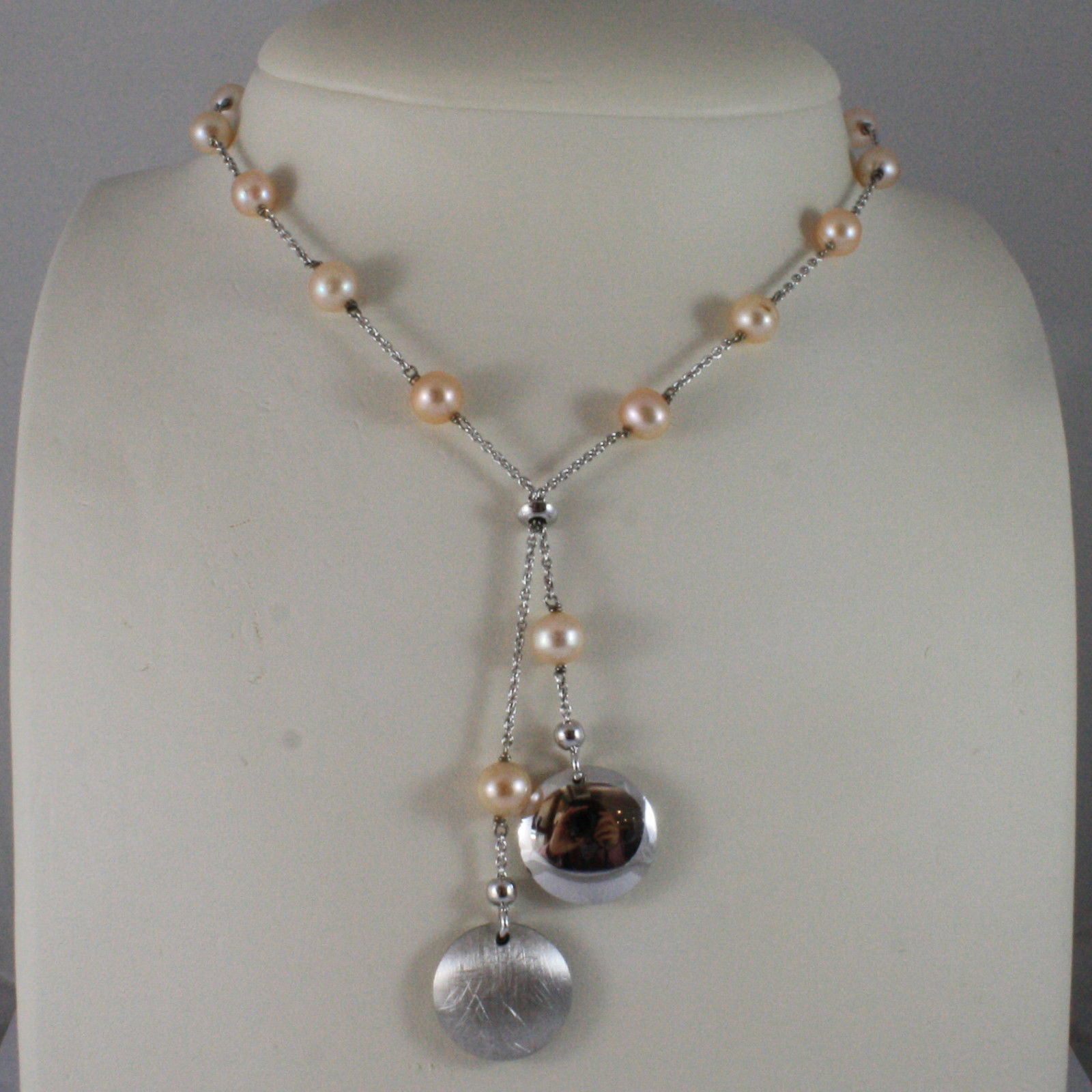 .925 SILVER RHODIUM NECKLACE WITH FRESHWATER ROSE PEARLS AND DISC PENDANT