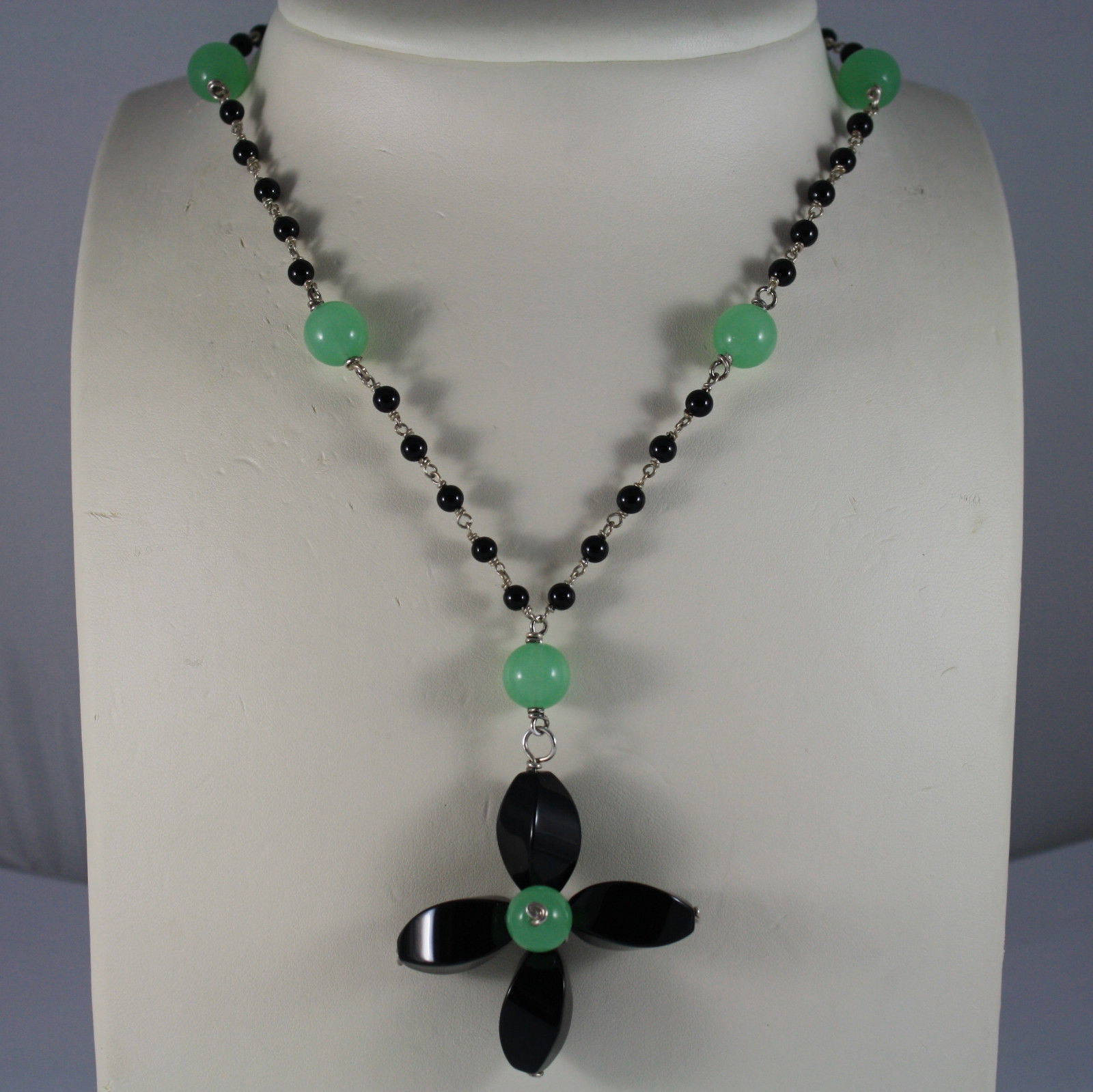 .925 RHODIUM SILVER NECKLACE WITH BLACK ONYX AND GREEN JADE