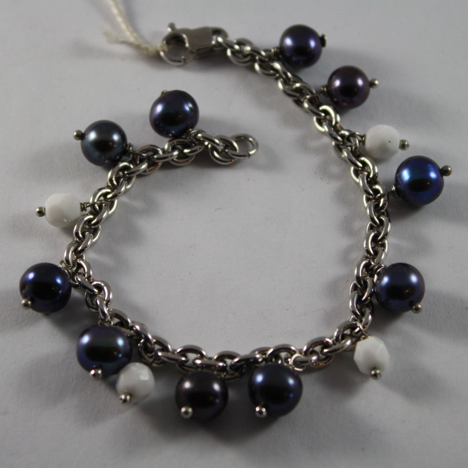 .925 RHODIUM SILVER BRACELET WITH BLUE PEARLS AND WHITE AGATE FACETED