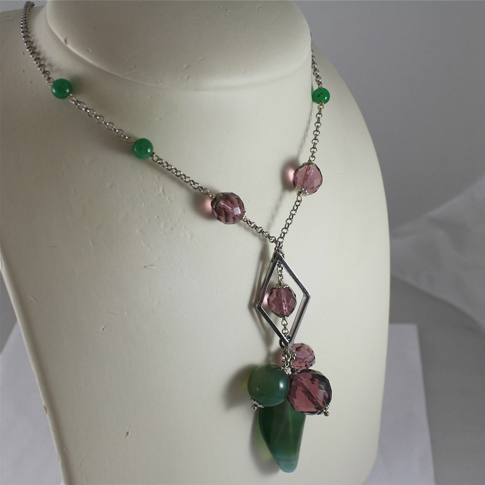 .925 RHODIUM SILVER NECKLACE, GREEN JADE AND FACETED PURPLE CRYSTALS.