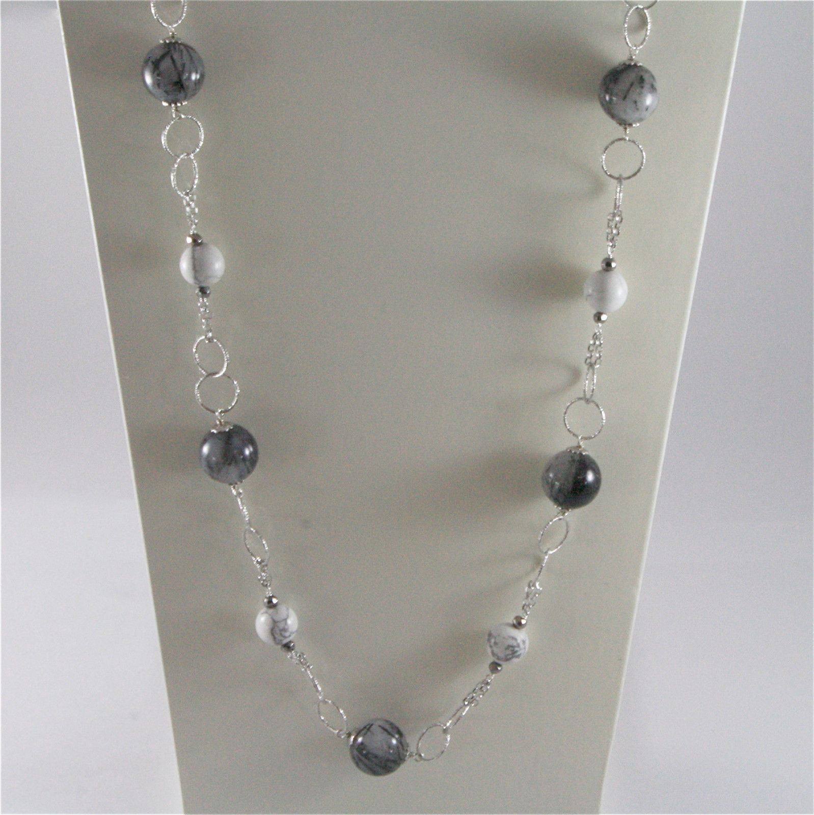 925 STERLING SILVER NECKLACE WITH NATURAL GREY QUARTZ AND WHITE HOWLITE 23,62 IN