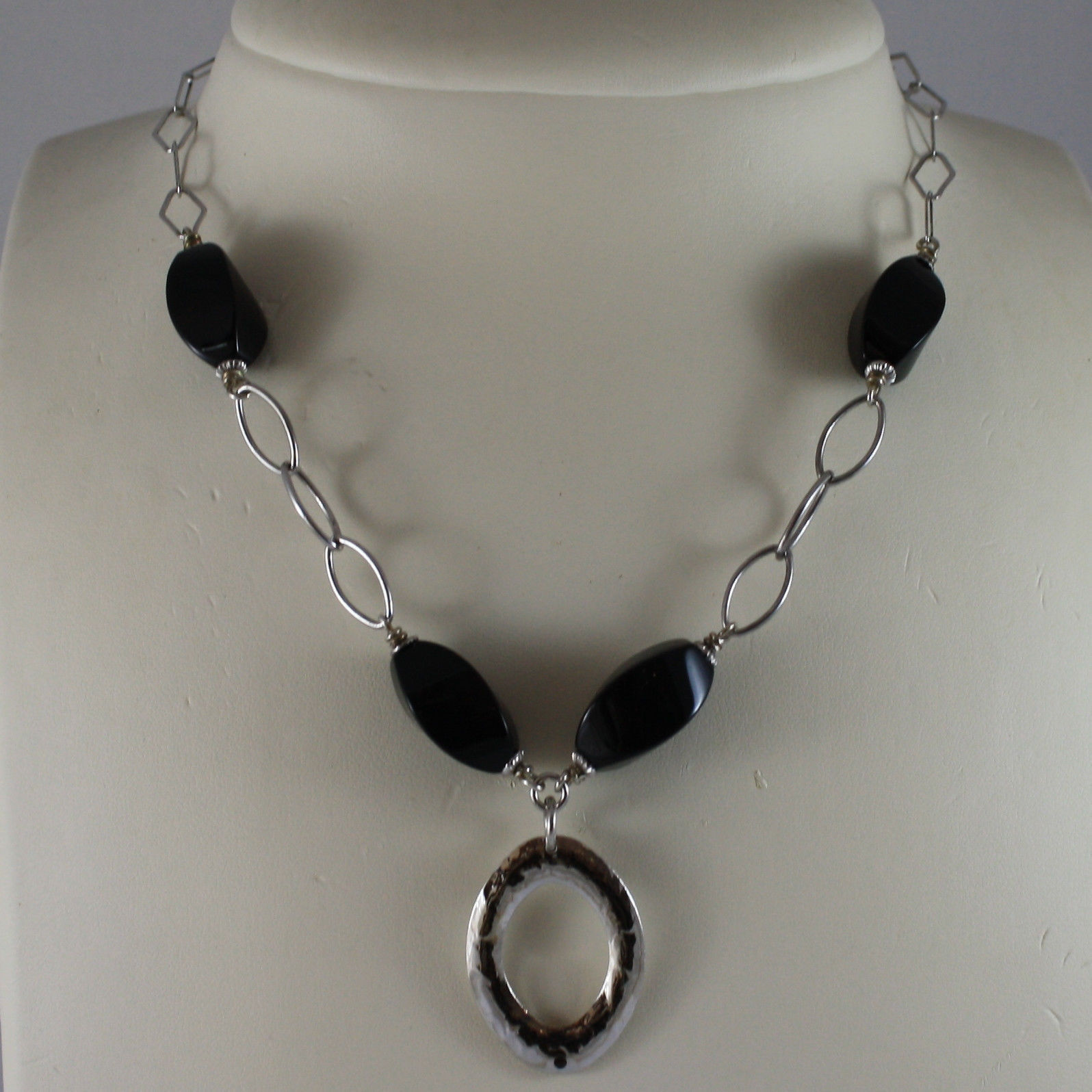 .925 SILVER RHODIUM NECKLACE WITH BLACK ONYX AND OVAL PENDANT