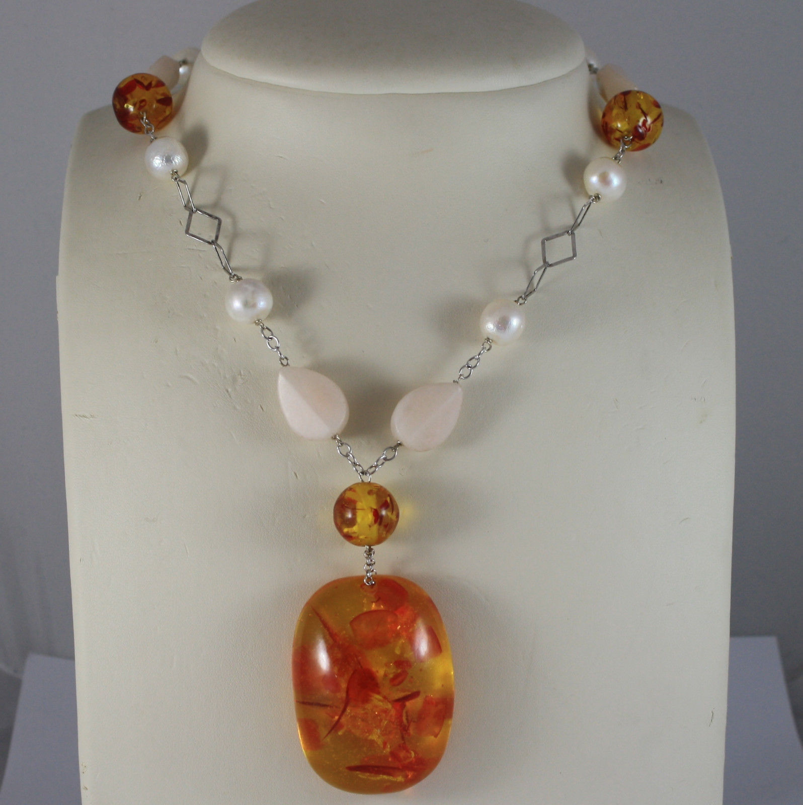 .925 SILVER RHODIUM NECKLACE WITH WHITE PEARLS, PINK JADE AND ORANGE RESIN