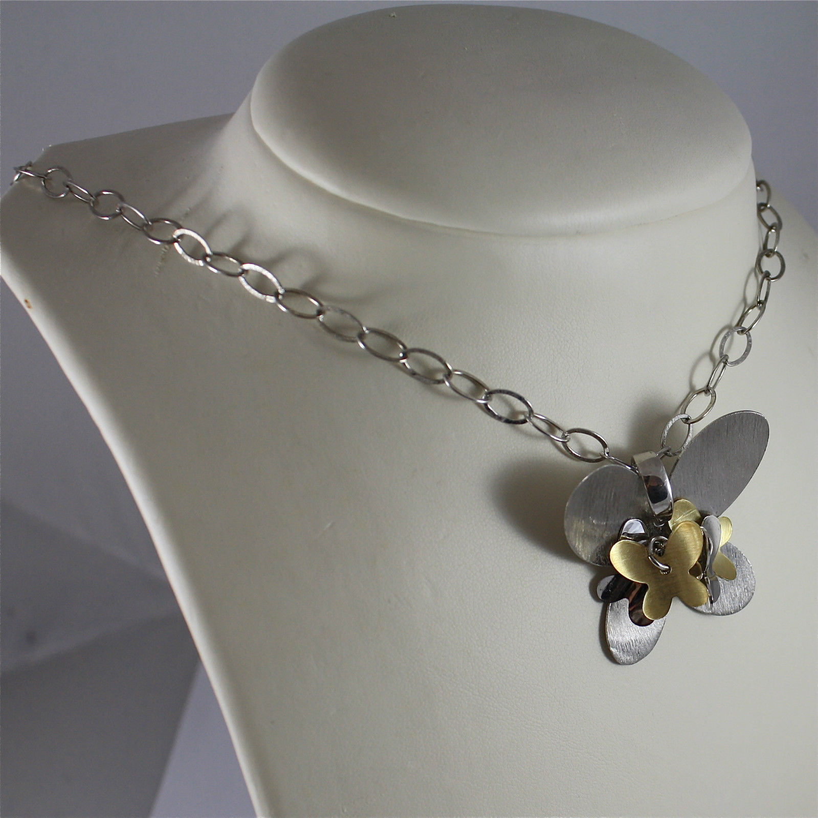 .925 RHODIUM SILVER NECKLACE, BUTTERFLIES CENTRAL GROOVE, OVAL MESH, GOLD PLT.