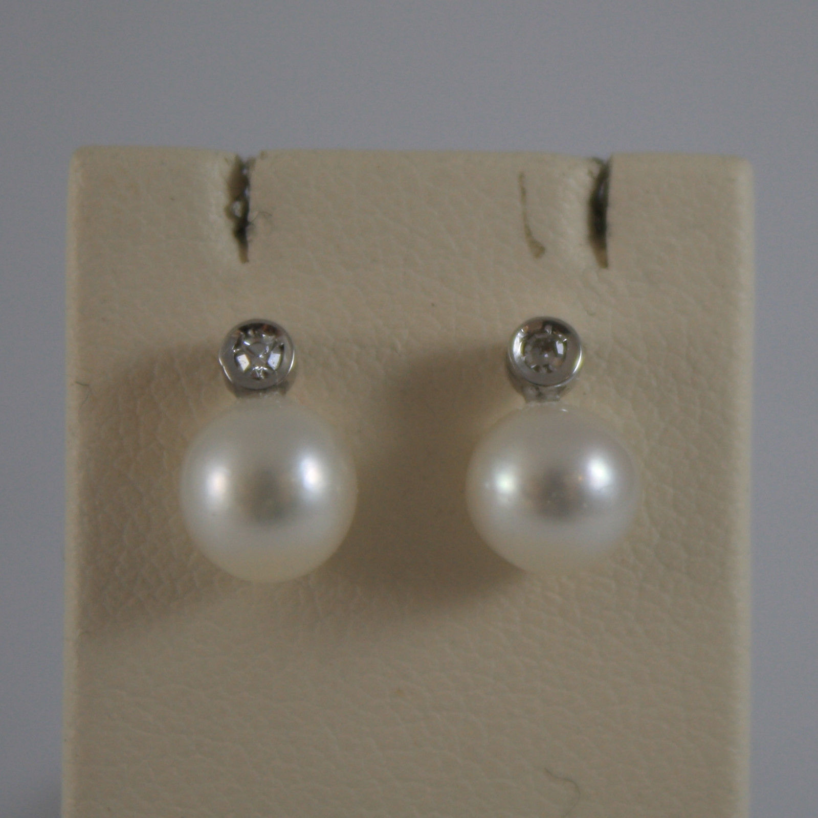 SOLID 18K WHITE GOLD EARRINGS, WITH WHITE PEARLS AND DIAMONDS 0,03 CT