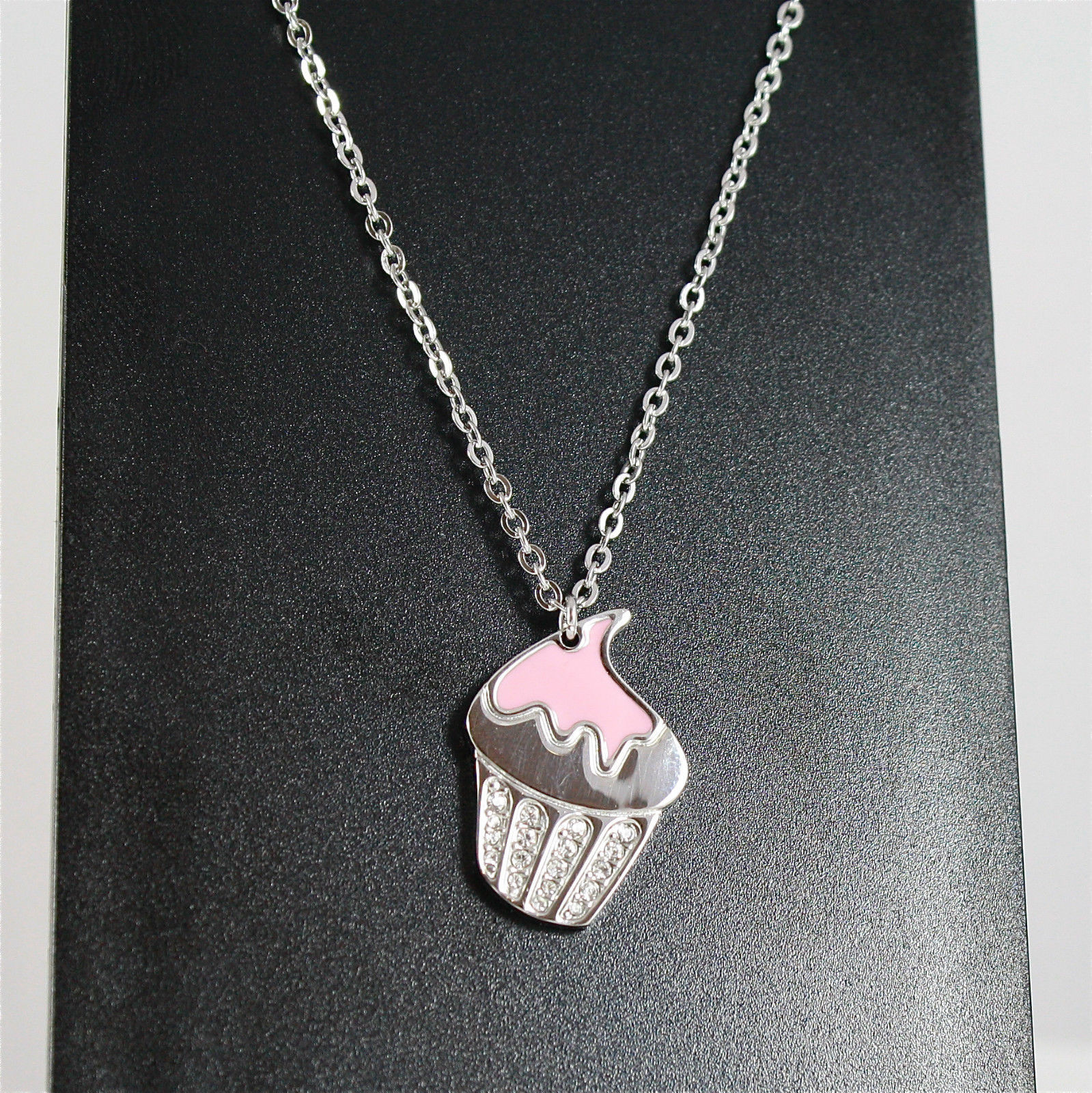 S'AGAPO' NECKLACE, CUPCAKE PENDANT, 316L STEEL, ROSE GLAZE, FACETED CRYSTALS.