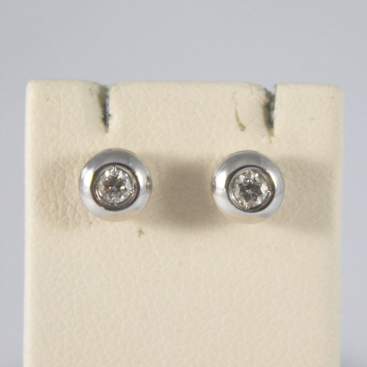 SOLID 18K WHITE GOLD EARRINGS, WITH DIAMONDS CT 0.13, MADE IN ITALY.
