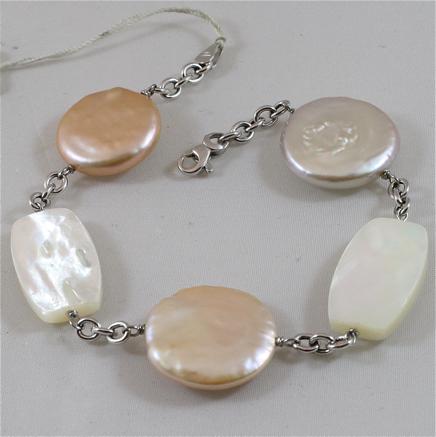 18K WHITE GOLD BRACELET WITH MOTHER OF PEARL AND PEARL DISC, MADE IN ITALY