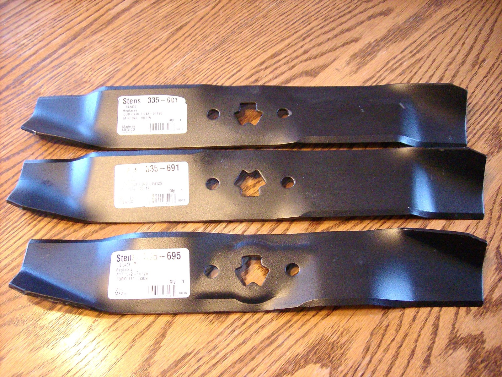 "Primary image for MTD 46"" cut lawn mower blades 172-7926, 177-2144, 742-0611, 742-0611A, 942-0611"