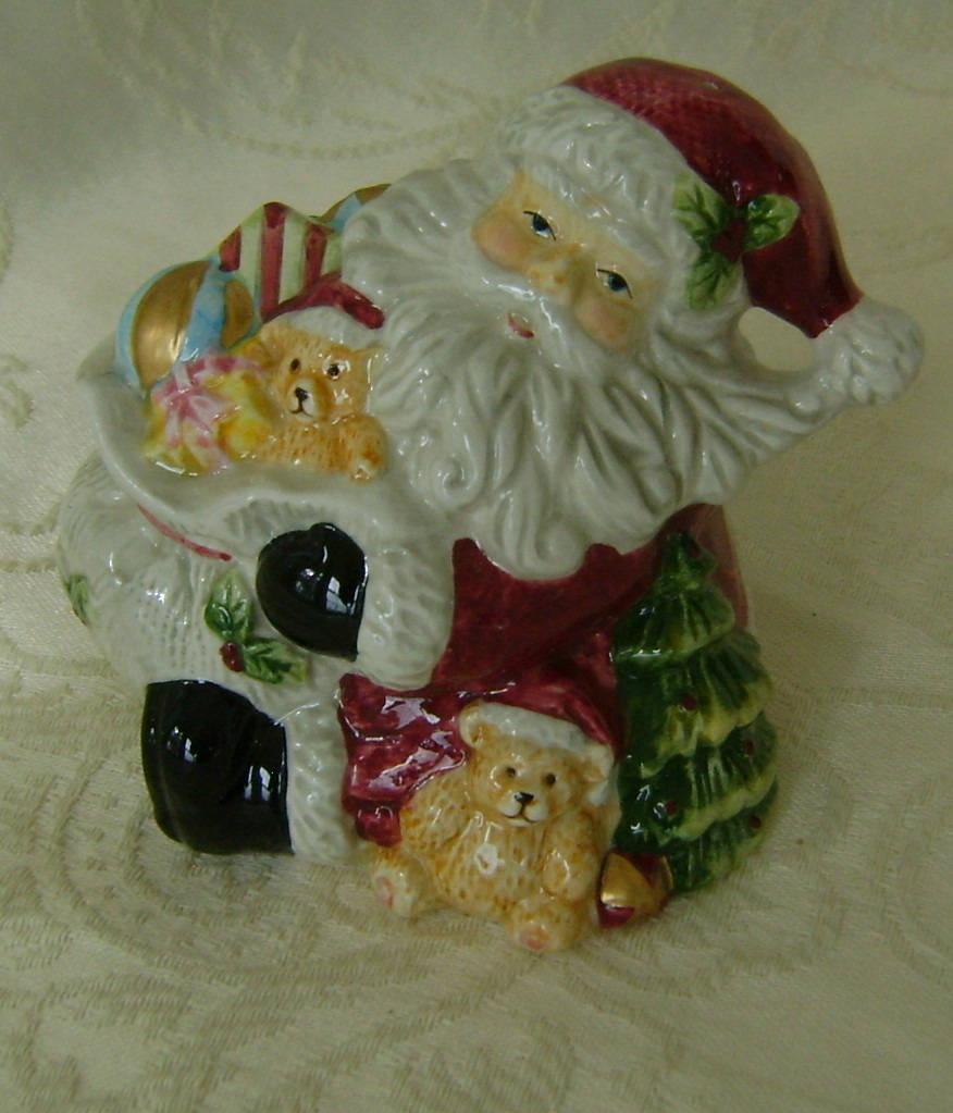 Jolly Santa Salt And Pepper Shaker Set Ceramic Salt