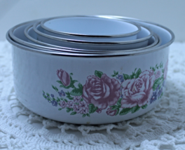 Vintage Set of Five Enamel Rose Print Nesting Bowls with Lids Mixing Bowls - $24.00