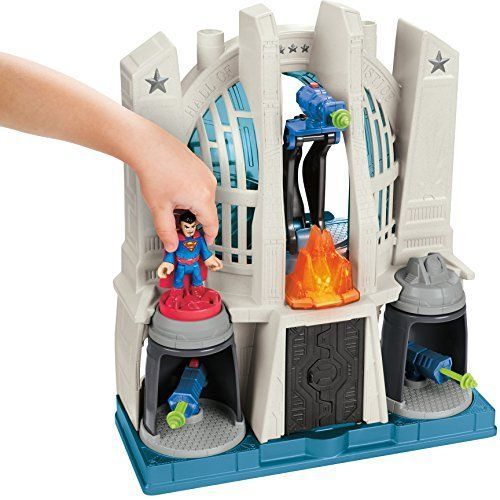 Fisher-Price DC Comics Justice League Hall Playset Batman Figure Accessories Kit