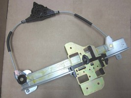 OEM 1995-1997 Ford Lincoln Town Car Right Rear Window Regulator Without Motor - $39.59