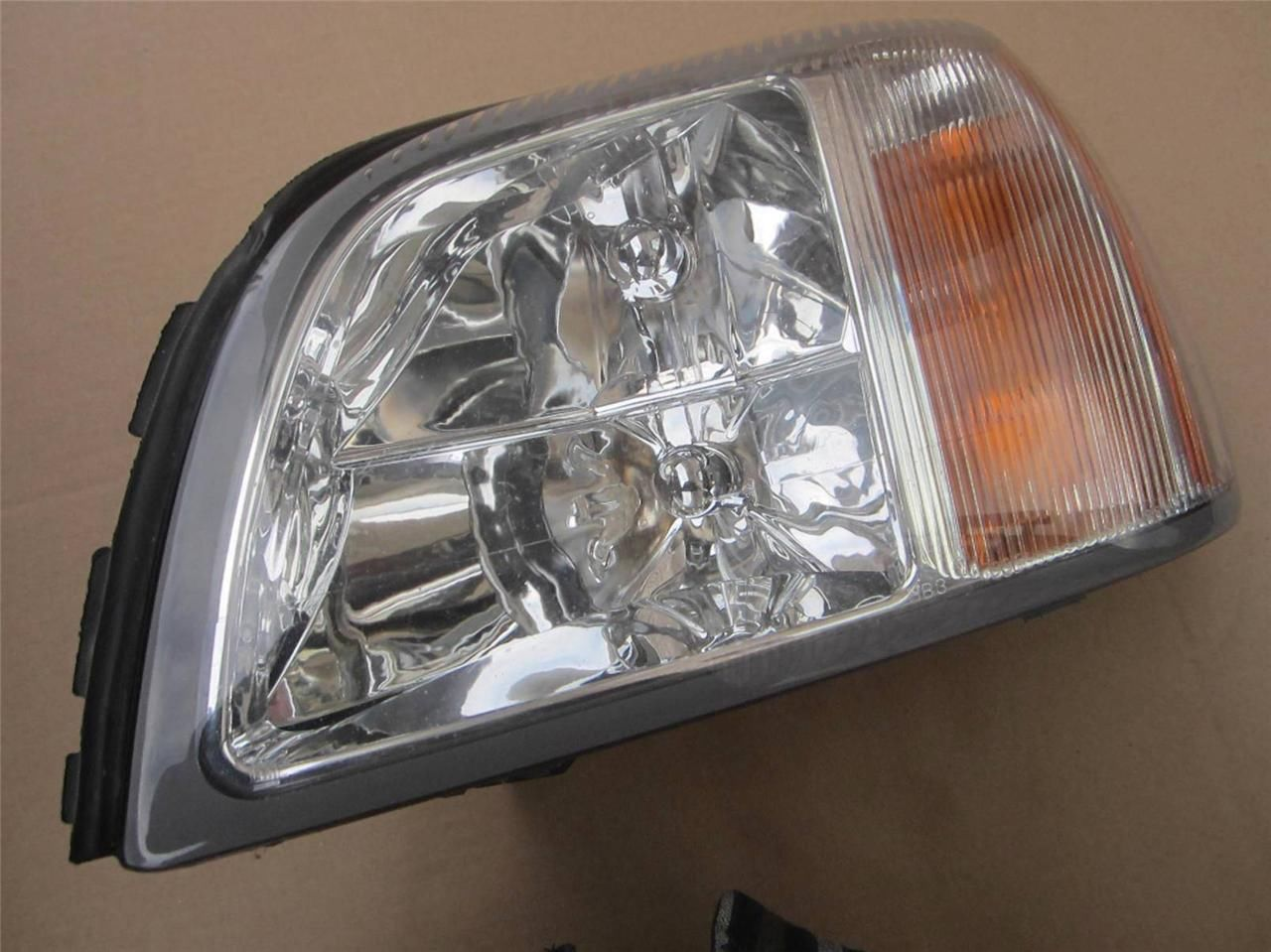 Primary image for OEM 2000-2002 Cadillac Deville De Ville Driver Side LH Combination Headlight