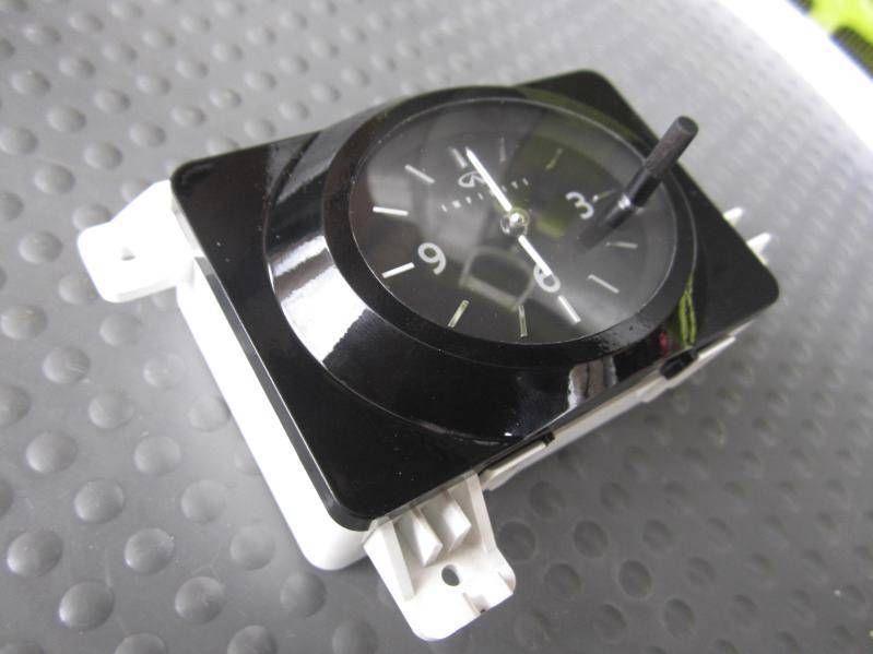 1995-1999 nissan maxima digital clock oem 1b722
