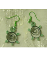 Handcrafted Green Top Turtle Paper Quill Earrings New - $12.99