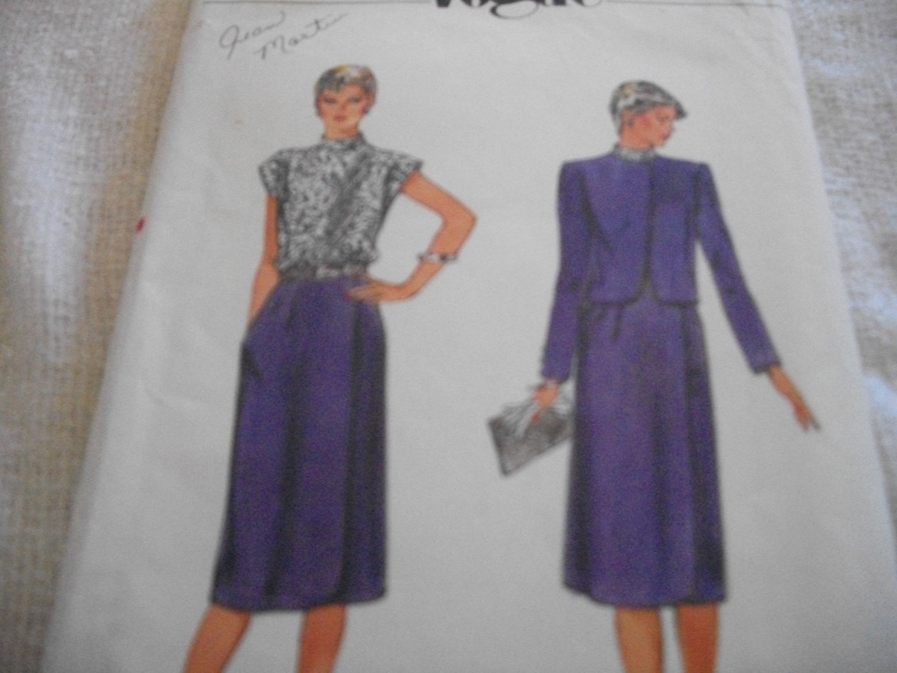 Vintage Woman's Jacket & Dress Pattern Vogue 2892