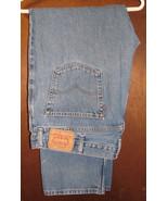 Men's Levis 505 Regular Fit Blue Jeans Size 42x32 (43x32) - $21.99