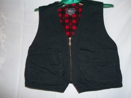Women's  Size M Woolrich Black & Red Zipped Up VEST   - $19.78