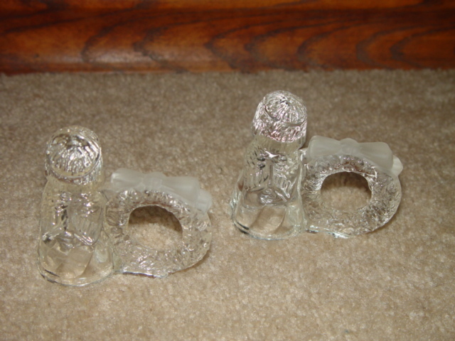 Set of 2 Crystal Angels Napin Holders with wreath