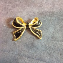 """Vtg Gold-tone with Black Bow 2"""" K.J.L. for Avon Brooch Pin - $29.21"""