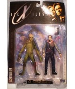 Joe hyla consignment   mcfarlane toys   the x files   agent mulder   series one thumbtall