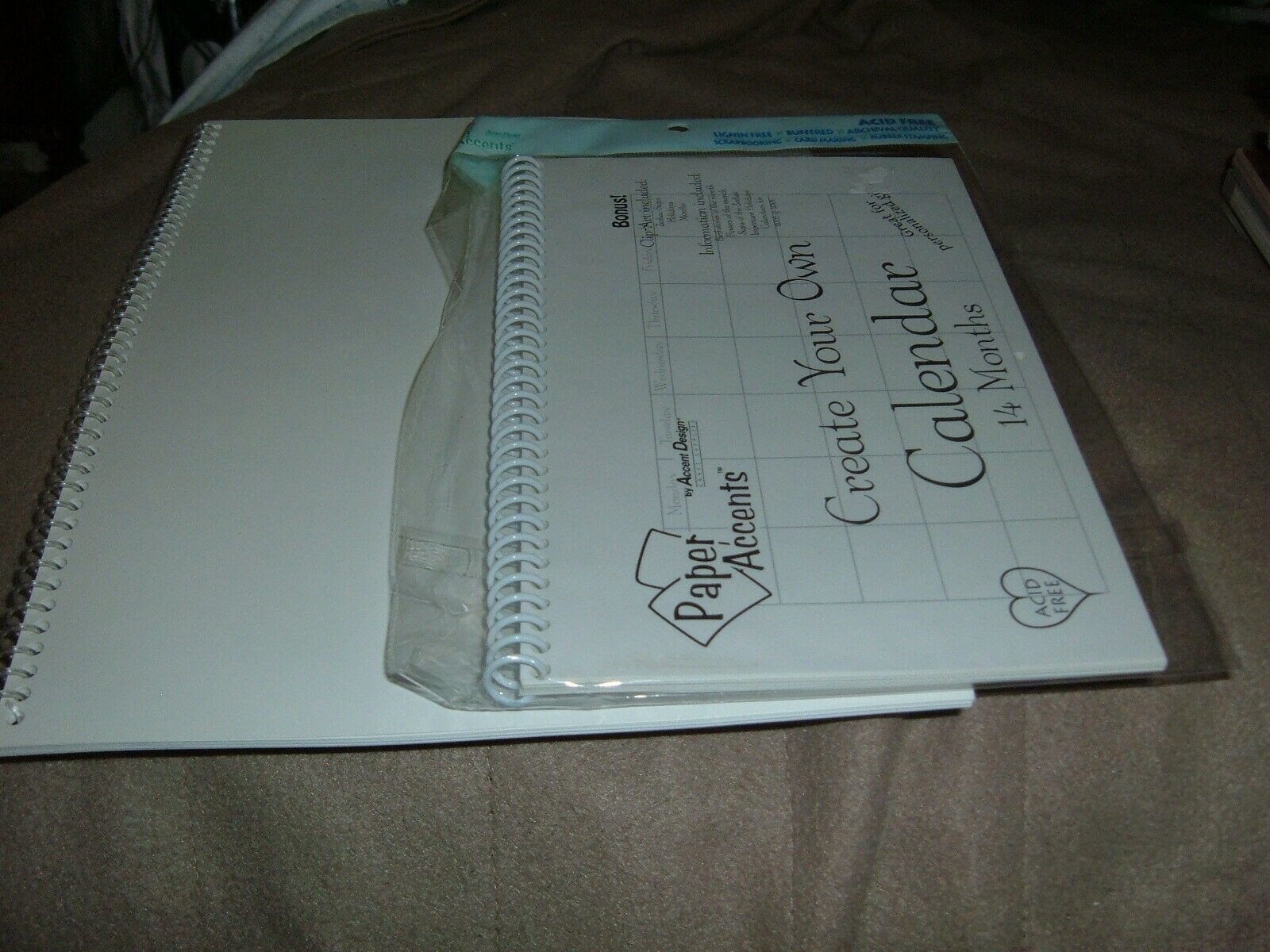 """Create Your own calendar 14 Month & 12 Paper Accents 8.5"""" 5.5"""" & 11'x 8.5"""" 330"""