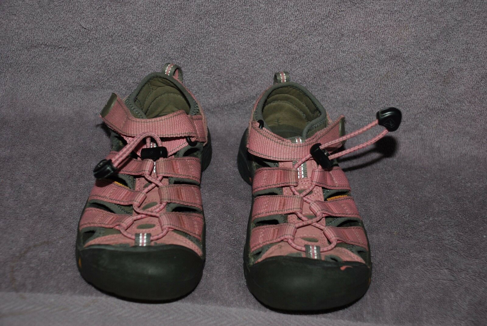 Keen H2 Waterproof Sandals Light Pink Youth Size 1 GUC