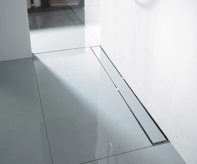 Quartz Linear Drain Tile 32 Plain Edge - Oil Rubbed Bronze