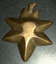 Vintage Bronze Trinket Tray Small Dish Leaf Shape Engraved 40 gr Signed India image 3