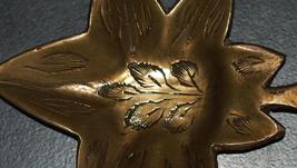 Vintage Bronze Trinket Tray Small Dish Leaf Shape Engraved 40 gr Signed India image 5