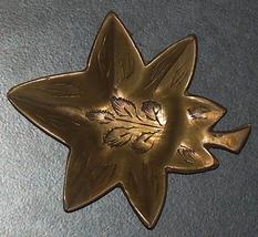 Vintage Bronze Trinket Tray Small Dish Leaf Shape Engraved 40 gr Signed India image 6