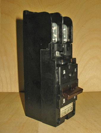 westinghouse 39 type bj 39 200 amp 2 pole 240 volt main. Black Bedroom Furniture Sets. Home Design Ideas
