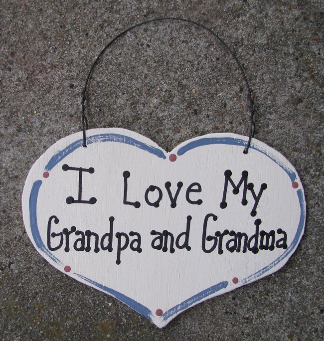 Wood Sign 1000GG  Large Heart I Love My Grandpa and Grandma