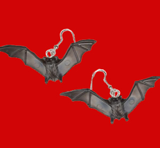 Bat 20earrings 2 thumb200