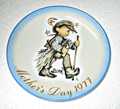 """Hummel Mother's Day Plate 1977 West Germany 7 3/4"""" - $8.95"""