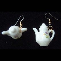 CHINA TEA POT EARRINGS -English Tea & Coffee Drink Charm Jewelry - $8.97