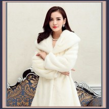 Thick Soft Warm White Snow Mink Wide Collar and Lapel Long Sleeved Faux Fur Coat image 2
