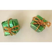 GIFT PACKAGE BUTTON EARRINGS-Mini Present Holiday Jewelry-GREEN - $3.97