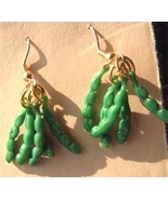 GREEN BEAN EARRINGS-Pea Pod Vegetable Food Charm Funky Jewelry - $6.97