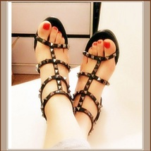 """Strappy Patent Leather and Spike Rivets Gladiator 3"""" Platform High Heel Sandals image 2"""